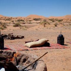 Отель Kam Kam Dunes Марокко, Мерзуга - отзывы, цены и фото номеров - забронировать отель Kam Kam Dunes онлайн фитнесс-зал фото 2
