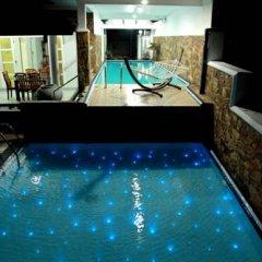 Отель Bentota River Edge Шри-Ланка, Бентота - отзывы, цены и фото номеров - забронировать отель Bentota River Edge онлайн бассейн фото 2