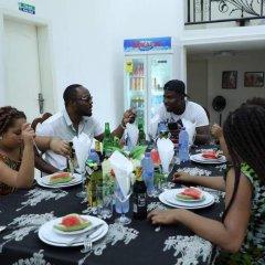 Отель Perriman Guest House Гана, Аккра - отзывы, цены и фото номеров - забронировать отель Perriman Guest House онлайн питание