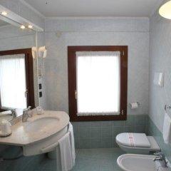 Отель Albergo Alla Campana Доло ванная фото 2