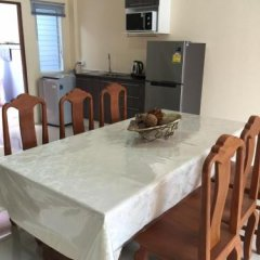 Отель Krabi Town Sleeps 8 With Kitchen в номере фото 2