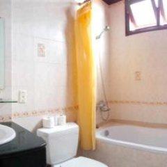 Tribee Bana Hostel Хойан ванная