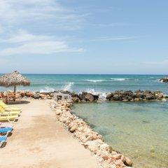 Отель Pipers Cove - Runaway Bay пляж