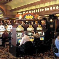 Отель Palace Station Courtyard США, Лас-Вегас - отзывы, цены и фото номеров - забронировать отель Palace Station Courtyard онлайн развлечения