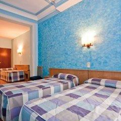 Отель OPORTO Мадрид комната для гостей фото 5