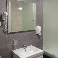 Гостиница Амакс Отель Омск в Омске 1 отзыв об отеле, цены и фото номеров - забронировать гостиницу Амакс Отель Омск онлайн ванная фото 2