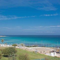 Отель Fig Tree 406 Platinum Кипр, Протарас - отзывы, цены и фото номеров - забронировать отель Fig Tree 406 Platinum онлайн пляж фото 2