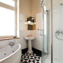 Апартаменты Antique Apartments - Plac Szczepanski ванная