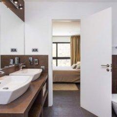 Отель Architecture Villa In Sitges Hills Оливелла ванная