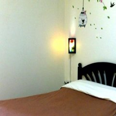 Отель AT. Center Guesthouse and Motorbike Pattaya сейф в номере