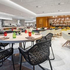 Radisson Blu Hotel & Residence, Riyadh Diplomatic Quarters гостиничный бар