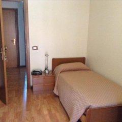 Hotel Galles Кьюзафорте сейф в номере