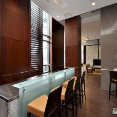 Апартаменты Sutkidar Apartment in Historic Center гостиничный бар