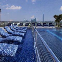 Le Meridien Dubai Hotel & Conference Centre бассейн