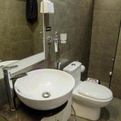 Отель Awesome Suite Мальдивы, Мале - отзывы, цены и фото номеров - забронировать отель Awesome Suite онлайн ванная фото 2