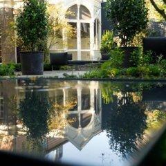 Отель Canal House Нидерланды, Амстердам - отзывы, цены и фото номеров - забронировать отель Canal House онлайн приотельная территория фото 2