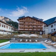 Hotel Posta Форни-ди-Сопра бассейн фото 3