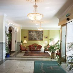 Отель Arthotel ANA Gala спа