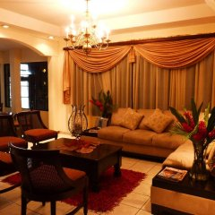Отель La Casa De Los Arcos Сан-Педро-Сула интерьер отеля