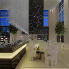 Le Meridien Dubai Hotel & Conference Centre бассейн фото 2