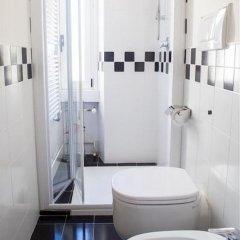 Отель Arco della Pace B&B ванная фото 2