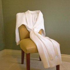 Отель Hycroft Suites Канада, Ванкувер - отзывы, цены и фото номеров - забронировать отель Hycroft Suites онлайн удобства в номере фото 2