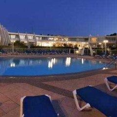 Hotel Zodiaco бассейн