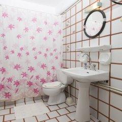 Отель Douka Seafront Residences ванная