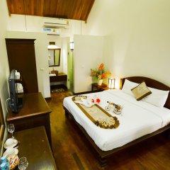 Отель Villa Chitchareune сейф в номере