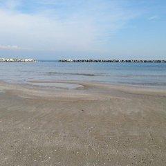 Hotel Ambasciatori Римини пляж