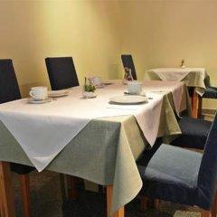 Отель Pension Schonbrunn Вена помещение для мероприятий