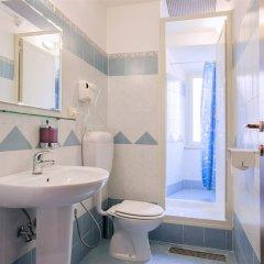 Отель Legends ванная фото 2