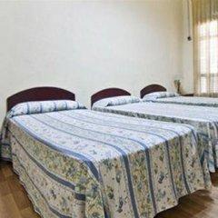 Отель La Casa De Emilia Барселона комната для гостей фото 3