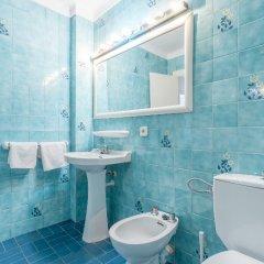 Отель Apartamentos Obrador ванная фото 2