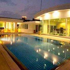 Отель The Tivoli Бангкок бассейн фото 3