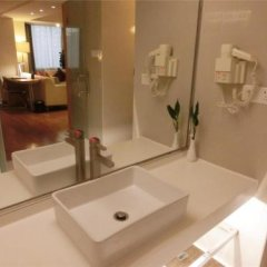 Jovenstars Hotel ванная