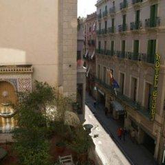Отель Hostal MiMi Las Ramblas балкон