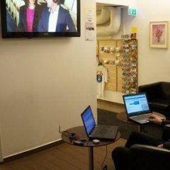 Отель Hostels By Nordic Швеция, Стокгольм - 6 отзывов об отеле, цены и фото номеров - забронировать отель Hostels By Nordic онлайн интерьер отеля фото 2
