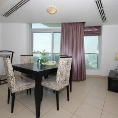 Отель Vacation Bay Downtown Stay Burj View в номере