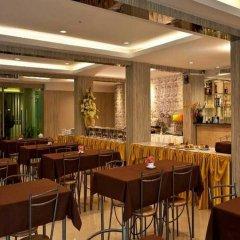 Отель NRC Residence Suvarnabhumi гостиничный бар