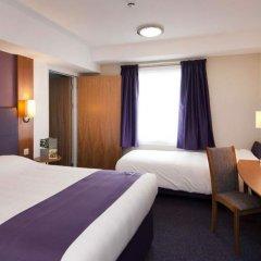 Отель Premier Inn Glasgow - Cumbernauld комната для гостей фото 4