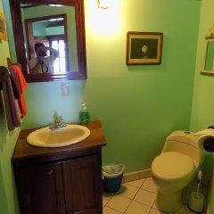 Отель Mango Creek Lodge ванная