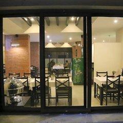Отель Ananda Inn Непал, Лумбини - отзывы, цены и фото номеров - забронировать отель Ananda Inn онлайн фитнесс-зал