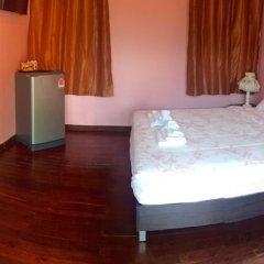 Отель Pailin Villa Phuket сейф в номере