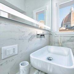 Отель Duomo Luxury Terrace Италия, Флоренция - отзывы, цены и фото номеров - забронировать отель Duomo Luxury Terrace онлайн ванная