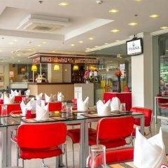 Tuana Patong Holiday Hotel гостиничный бар