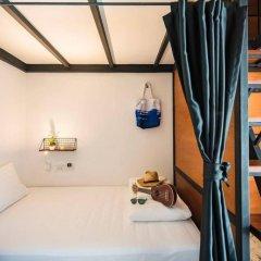 Отель Book a Bed Poshtel - Hostel Таиланд, Пхукет - отзывы, цены и фото номеров - забронировать отель Book a Bed Poshtel - Hostel онлайн комната для гостей фото 2