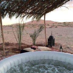Отель Kam Kam Dunes Марокко, Мерзуга - отзывы, цены и фото номеров - забронировать отель Kam Kam Dunes онлайн бассейн