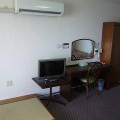 Отель Miyuki Hamabaru Resort Центр Окинавы удобства в номере