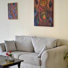 Апартаменты Semiramida Garden Apartment Солнечный берег комната для гостей фото 4